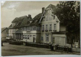 """Ansichtskarte Höhenluftkurort Schierke (Harz) – FDGB-Erholungsheim """"Feuerstein"""" [ungelaufen]."""